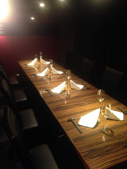 川崎の和食店でステーキが鉄板焼きで楽しめるお店。