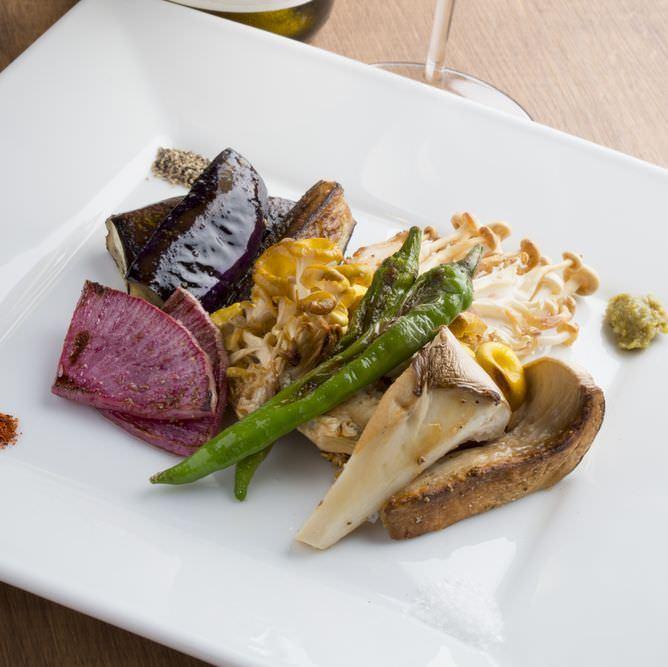 川崎で素材の美味しさを堪能できる<焼き野菜>