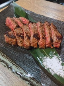 川崎の鉄板焼きダイニング・円居 -MADOy- 川崎の赤身肉ステーキ