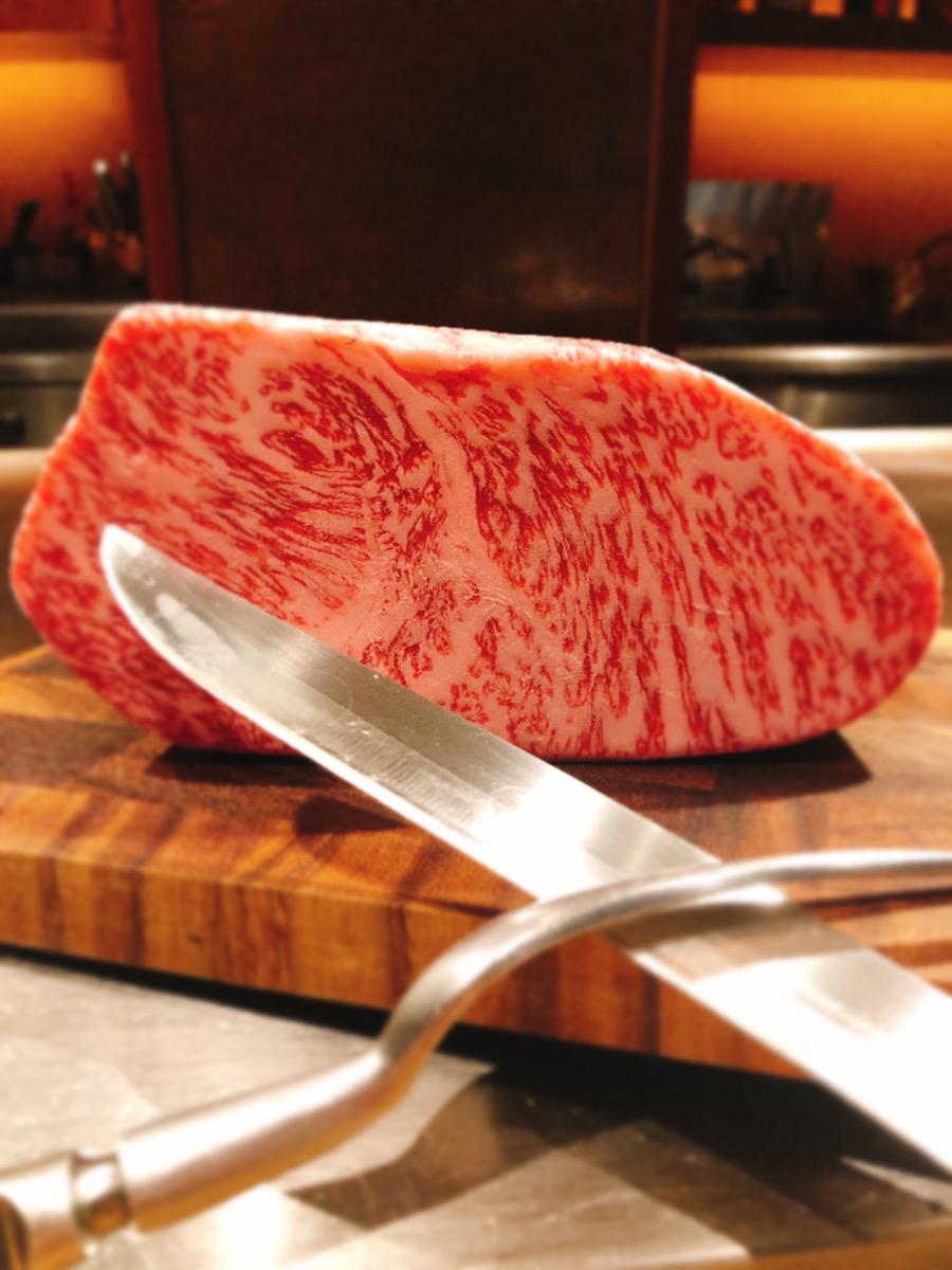 川崎にある最高級A5ランク黒毛和牛が味わえる鉄板焼き店【円居 川崎】