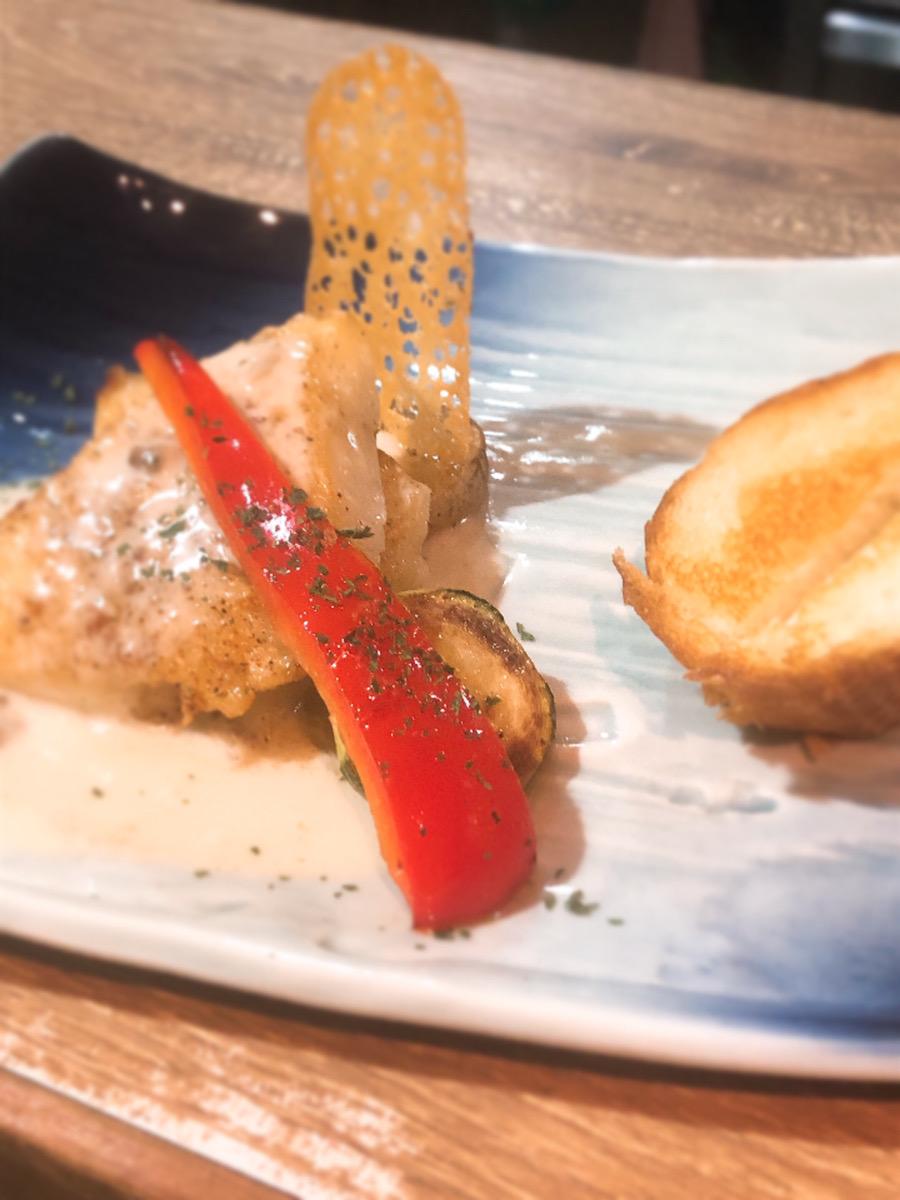 【円居-MADOy- 川崎】で味わえる鮮魚の鉄板焼き