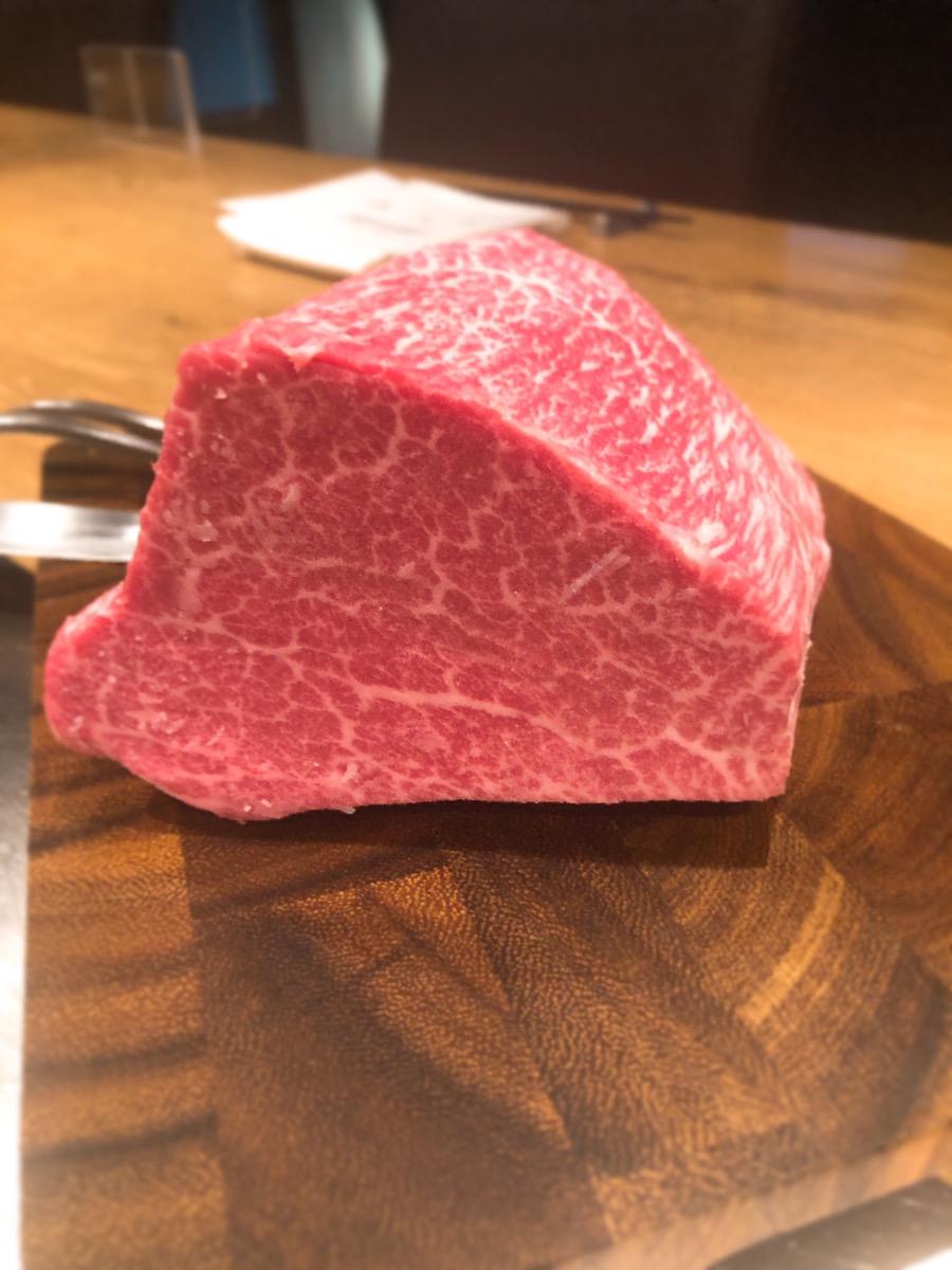 川崎で黒毛和牛が味わえる鉄板焼き店【円居 -MADOy- 川崎】