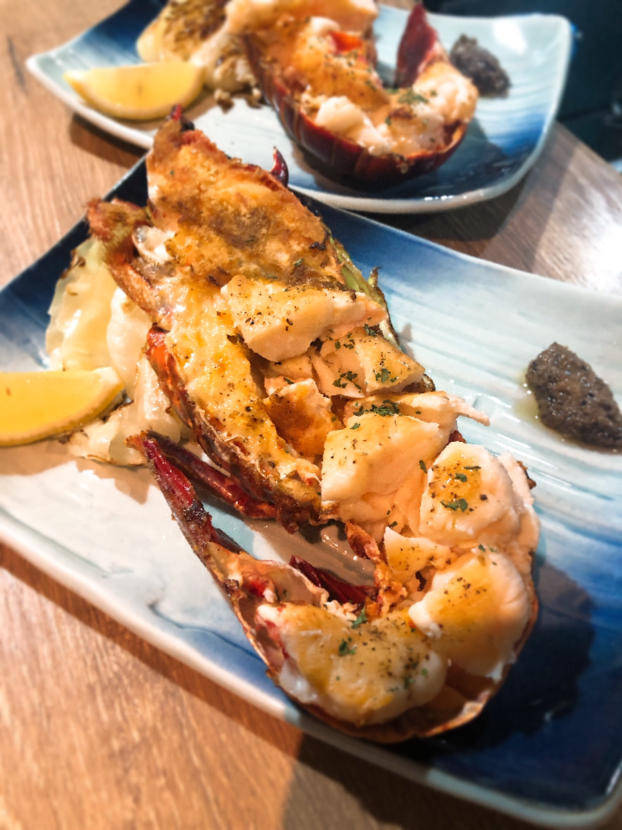 【円居 -MADOy- 川崎】で味わえる大伊勢海老の鉄板焼き